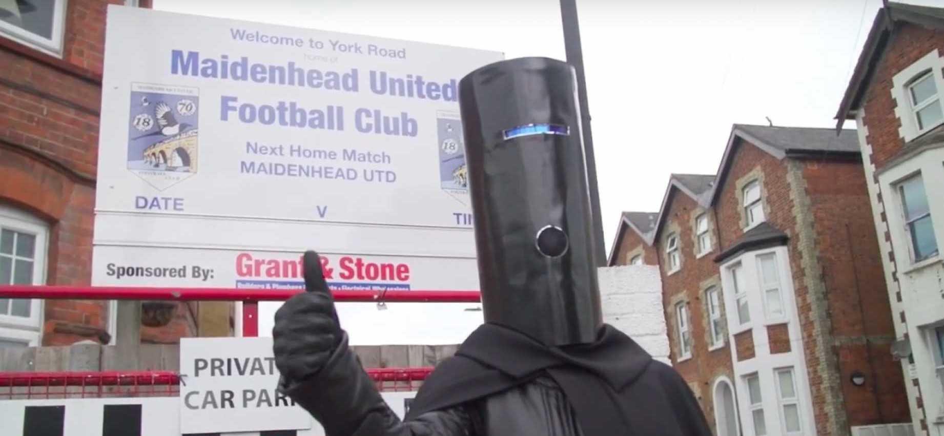 Lord Buckethead Thumbs Up Maidenhead United FC